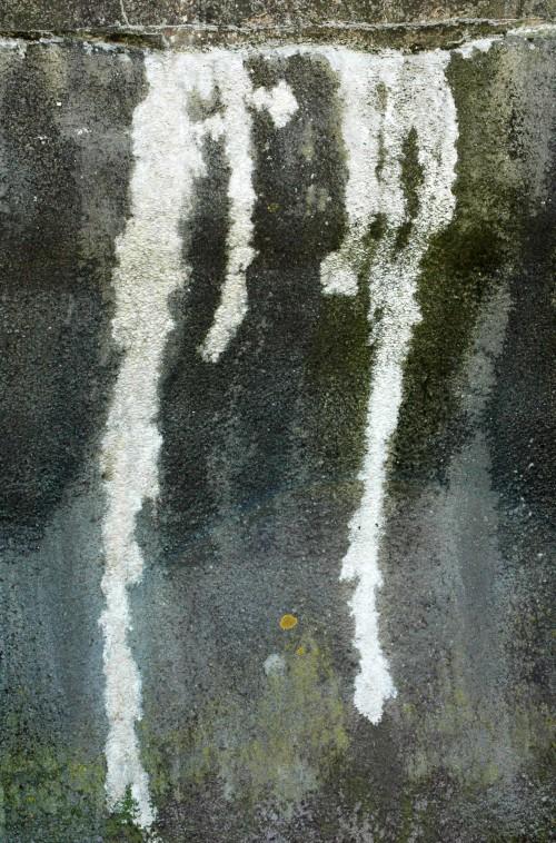 151007TGNW-5-Wall markings-Rhos-on-Sea promenade