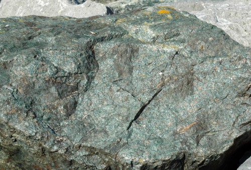 151007TGNW-6a-Rock 1